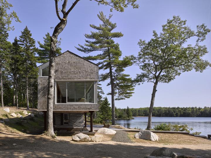 Mirror Point House